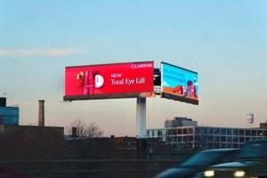 〈2020.12.14〉トロントのハイウェイに設置された大型LEDディスプレイ